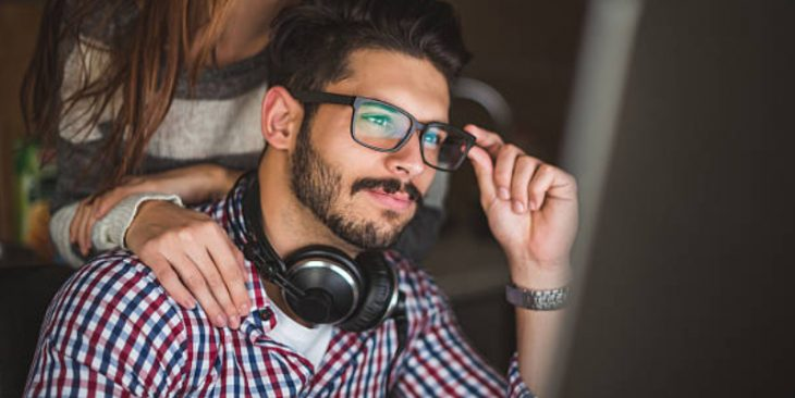 5 Best Wireless Noise Cancelling Headphones Under 100